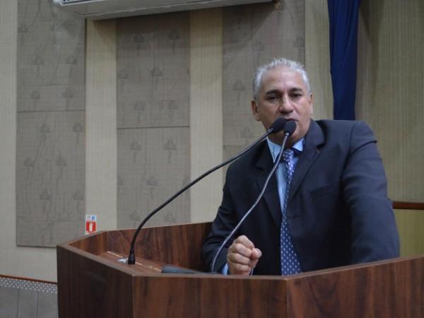 Vereador Walter Rosa convoca Presidente do CONSEG