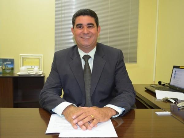 Presidente do Legislativo esteve reunido com o Senador Vanderlan Cardoso