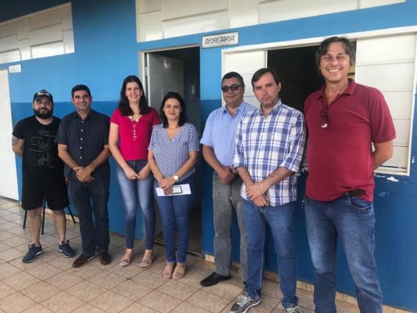 Vereadores participam de reunião no Colégio Fruto da Terra
