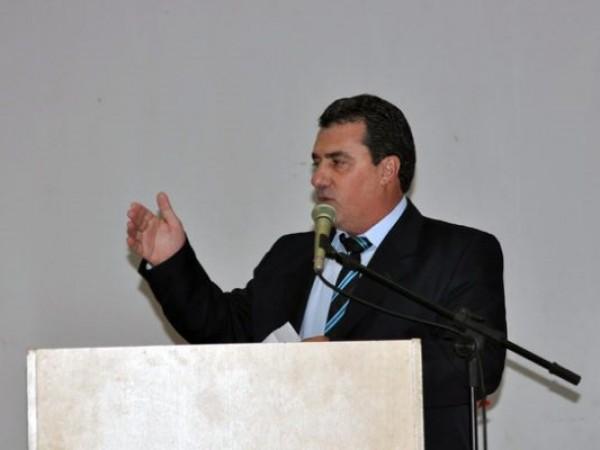 Prefeito Rogério Pianezzola é notificado da Abertura de Vistas sobre denúncia
