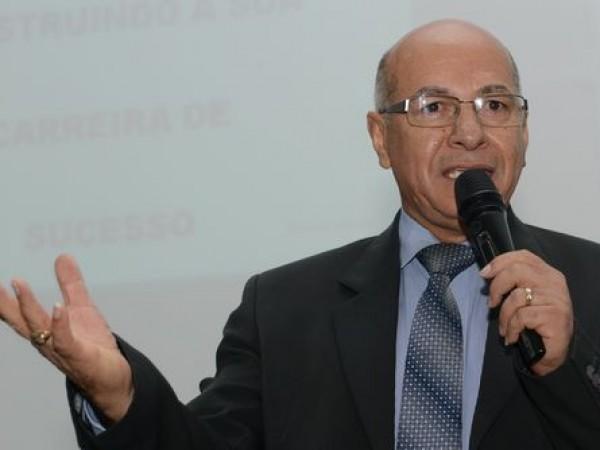 Saúde recebe emenda de 100 mil reais através do Deputado Professor Alcides