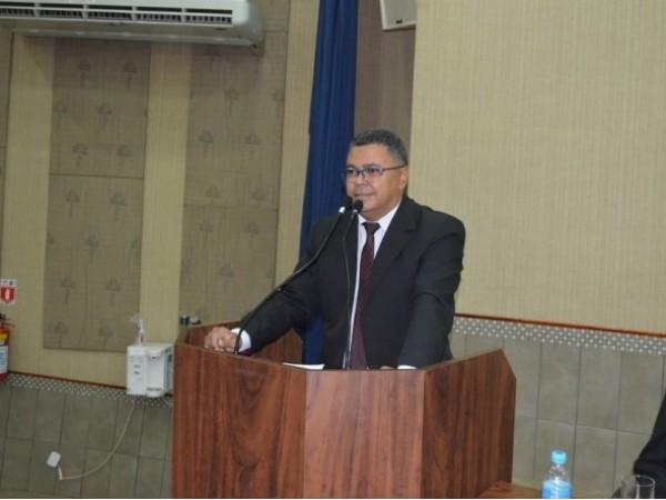 Vereador Luiz Alberto solicita realização de campanha em prol de um trânsito mais seguro