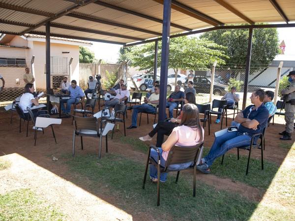 Vereadores participam de reunião sobre quarentena em Chapadão do Céu