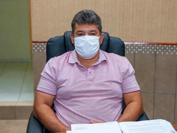 Vereador Sérgio Barbosa agradece doação de cestas básicas através da OVG